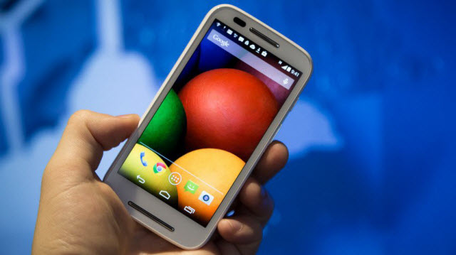 Best Smartphones Under 10000 In India - Motorola Moto E